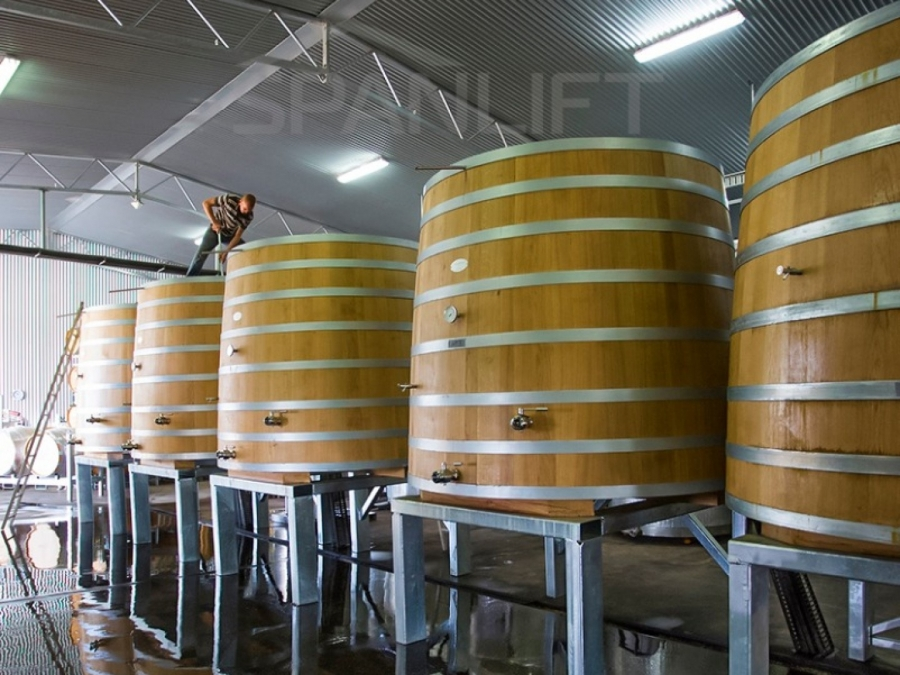 Barrel Store Winery 1 Spanlift k0ai8A - Winery Building Design