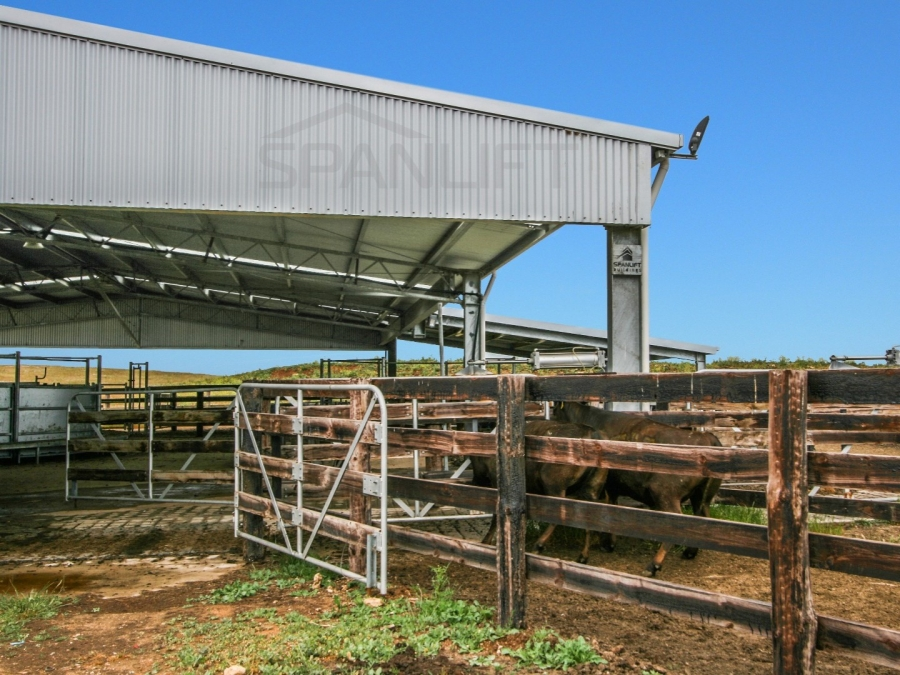 Beef Yard Cover 8 Spanlift Z013K0 - Resources