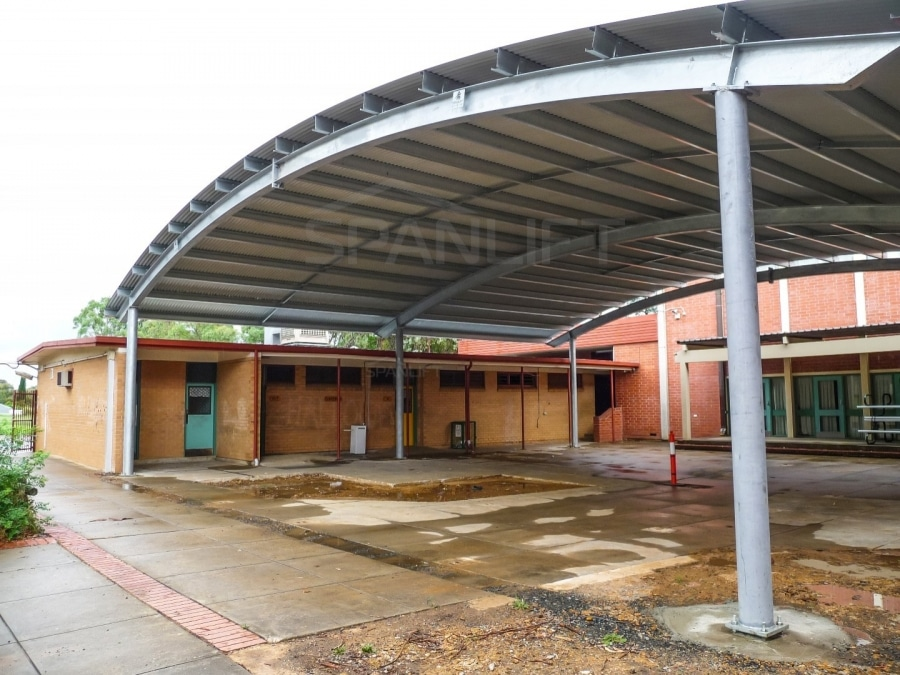 COLA 3 Spanlift NsFlrd - COLA (Covered Outdoor Learning Area)