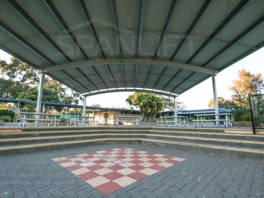 COLA 6 Spanlift TfaBcl - COLA (Covered Outdoor Learning Area)