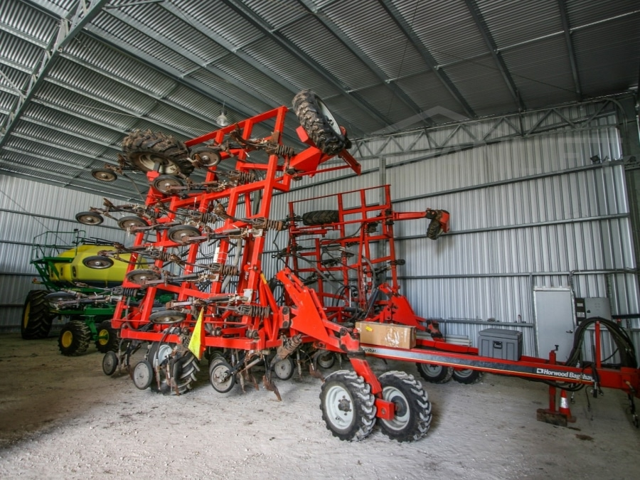 Machinery Shed 16 Spanlift Qq DRT - Resources