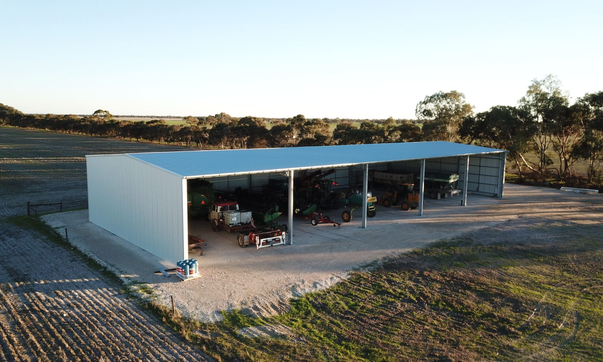 3_things_to_consider_when_building_a_new_machinery_shed